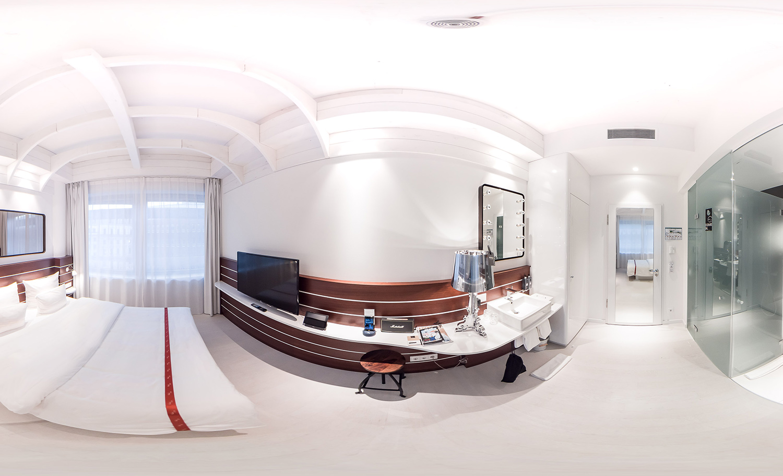 360 Ruby Room